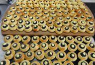Holašovické koláčky +videorecept | Recepty a videorecepty Pie, Ethnic Recipes, Desserts, Food, Basket, Czech Recipes, Torte, Tailgate Desserts, Cake