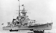 Kriegsmarine battleship KMS Gneisenau Fleet Parade 01