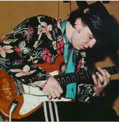'''.Stevie Ray Vaughan Source: ? Submitted by TheCountess Keywords: stevie ray vaughan, srv, guitar, legendary guitarist, blues, rock, music.......''' http://www.fanpop.com/clubs/stevie-ray-vaughan/images/35307465/title/stevie-ray-vaughan-photo