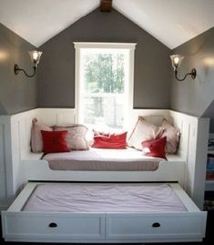 window seat with trundle