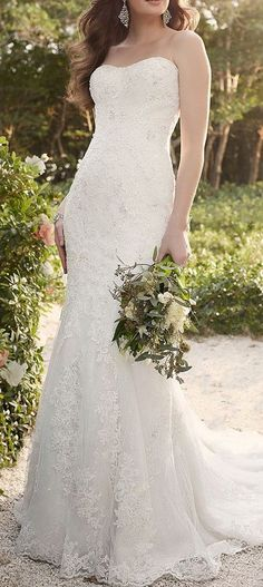 Strapless lace wedding dress, this is similar to mine..!
