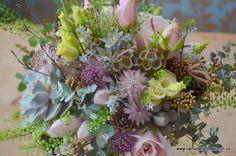 Campbell's Flowers Succulents, Floral Wreath, Wreaths, Flowers, Plants, Vintage, Home Decor, Decoration Home, Door Wreaths