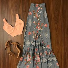 romantic date outfit Cute Casual Outfits, Chic Outfits, Summer Outfits, Summer Dresses, Mode Outfits, Skirt Outfits, Mode Batik, Look Hippie Chic, Boho Fashion