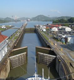 7 Wonders of the World - Panama Canal | Family Holiday