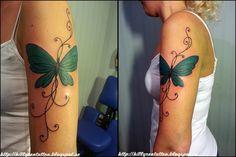 Tatuering, överarm - tävlingsvinnare (3 tim presentkort) fjäril med en färg som jag blandade till själv för att få en unik ton
