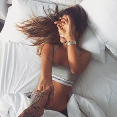 Close your eyes and enjoy the silence Picture Poses, Photo Poses, Couple Photography, Portrait Photography, Shotting Photo, Insta Photo Ideas, Skinny Girls, Boudoir Photos, Cute Relationships