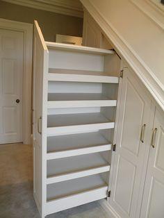 Trendy japanese under stairs storage that look beautiful Cabinet Under Stairs, Under Stairs Nook, Closet Under Stairs, Basement Stairs, House Stairs, Stairway Storage, Hallway Storage, Bookcase Storage, Attic Storage