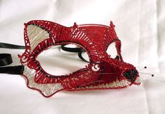 http://1.bp.blogspot.com/-l58Zo9d5Bqw/UCunEHsoVTI/AAAAAAAAAuE/rkG050op0BA/s1600/red+fox+mask.jpg