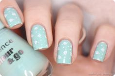 Essence Thats what I mint Stamping Moyou London Easter Flowers