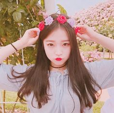 Find images and videos about ulzzang, asian girls and korean girls on We Heart It - the app to get lost in what you love. Moda Ulzzang, Ulzzang Boy, Cute Korean Girl, Asian Girl, Korean Beauty, Asian Beauty, Korean Ulzzang, Uzzlang Girl, Pretty Asian