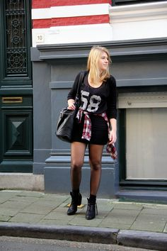 College Fashion, College Style, Lucky Number, Leather Skirt, Numbers, Punk, Style Inspiration, Fashion Outfits, Skirts