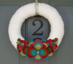 Filo corona feltro a mano porta decorazione medaglione di ItzFitz