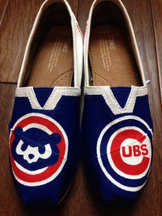 Hey, I found this really awesome Etsy listing at https://www.etsy.com/listing/186211947/custom-painted-toms-chicago-cubs