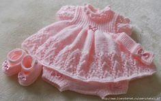 Delicadezas en crochet Gabriela: Modelo de vestido de bebé en dos agujas