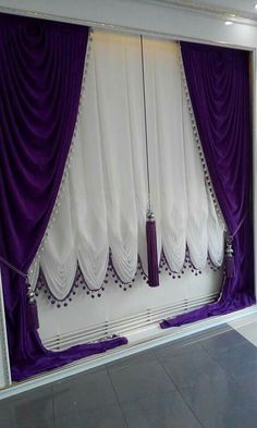 I like it but with a change of colour Curtains And Draperies, Elegant Curtains, Printed Curtains, Beautiful Curtains, Drapery, Mobile Home Decorating, Unique Home Decor, Home Decor Styles, Home Decor Accessories