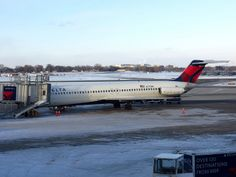 N773NC | Flickr - Photo Sharing! Delta DC-9-50 photographed in her final hours of flying history. Once part of the fleet of North Central Airlines.