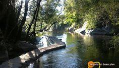 La Senda de los Molinos transcurre por parte del río Eresma en la capital segoviana. Es un lugar ideal para realizar un paseo fresco y relajante ahora que empieza el calor. www.segoviaunbuenplan.com