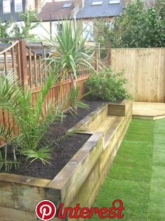 Big Garden Design Bench raised bed made of railway sleepers. This would be great for a small veggie garden.Big Garden Design Bench raised bed made of railway sleepers. This would be great for a small veggie garden. Raised Bed Garden Design, Diy Garden Bed, Small Garden Design, Easy Garden, Garden Design Ideas, Garden Walls, Fence Garden, Timber Garden Edging, New Build Garden Ideas