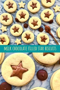Star Biscuits with Milk Chocolate Ganache; tender buttery biscuits sandwiched together with a creamy milk chocolate ganache and stamped with a festive star. Best Dessert Recipes, Fun Desserts, Great Recipes, Breakfast Recipes, Milk Chocolate Ganache, Chocolate Filling, Biscuit Sandwich, Buttery Biscuits, Vegetarian Chocolate