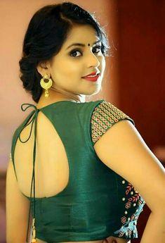 Try these sensational saree blouse designs - Indian Fashion Ideas Beautiful Girl Photo, Beautiful Girl Indian, Most Beautiful Indian Actress, Beautiful Saree, Beautiful Gorgeous, Simply Beautiful, Beautiful Women, Beauty Full Girl, Cute Beauty