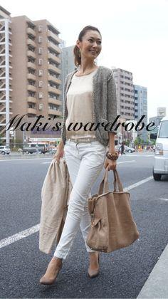 Maki's wardrobe の画像|田丸麻紀オフィシャルブログ Powered by Ameba Minimal Fashion, White Fashion, Work Fashion, Denim Fashion, Daily Fashion, Timeless Fashion, Everyday Fashion, French Women Style, White Jeans Outfit