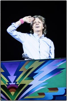 Paul McCartney and his band support Breast Cancer Awareness Month