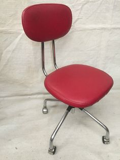 Vintage RED SWIVEL CHAIR STUDY OFFICE Height Adjustable Kids Study