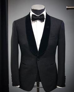 """478 Likes, 11 Comments - MUSIKA FRÈRE (@musikafrere) on Instagram: """"• Velvet Lapel #musikafrere #tuxedo, #elegance at its Highest Level • #menswear #mensfashion #NYC"""""""
