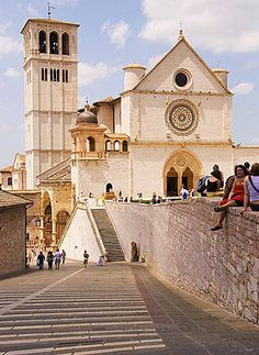 Saint Francis Basilica, or San Francesco Basilica, Assisi, Italy. Assisi (Italian pronunciation: [asˈsiːzi], from the Latin: Asisium) is a town and comune of Italy in the province of Perugia in the Umbria region, on the western flank of Monte Subasio.