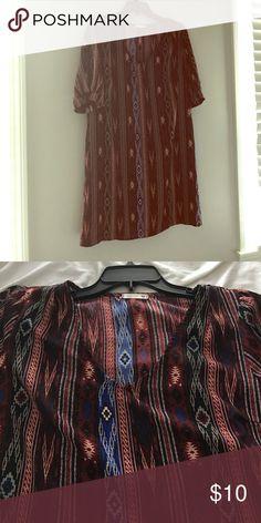 Aztec print Sheath dress Comfy shift dress in a bold Aztec print only work 3 times look new. Dresses