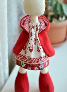 Casaco com capuz de para a boneca - Mestrado - Feira Artesanal, Feito à Mão