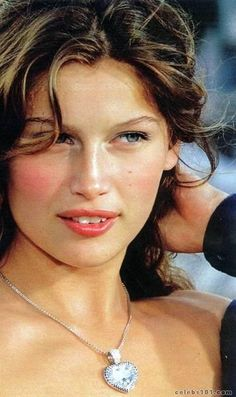 1000 images about sexy overbites on pinterest loretta - Casta diva vintage ...