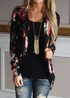 Cool 57 Cute Blazer Outfits Ideas For Women. More at http://trendwear4you.com/2018/02/05/57-cute-blazer-outfits-ideas-women/