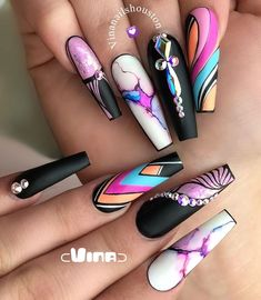 Nails marble 31 Gorgeous Coffin Nails to Take Inspiration From > cherrycherrybeaut. 31 Gorgeous Coffin Nails to Take Inspiration From > cherrycherrybeaut. Rhinestone Nails, Bling Nails, Swag Nails, Grunge Nails, Short Nail Designs, Nail Art Designs, Nails Design, Gorgeous Nails, Pretty Nails