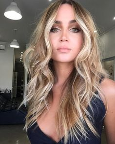 Lange geschichtete Frisuren