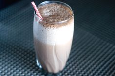How To Make Your Own Homemade Shakes To Gain Weight | LIVESTRONG.COM