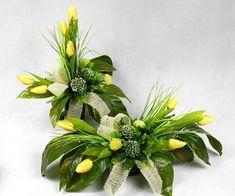 Funeral Flowers, Flower Crafts, Altar, Flower Arrangements, Wreaths, Plants, Projects, Decor, Gardens