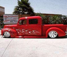 old ford trucks Hot Rod Trucks, Cool Trucks, Chevy Trucks, Pickup Trucks, Dually Trucks, Lowrider Trucks, Lowered Trucks, Ford Diesel, Diesel Trucks
