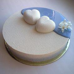 Olga Noskova wedding cake OK - perfection. i see a new trend starting