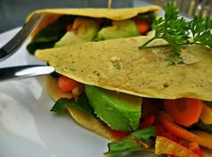 "Veganska ""vajecna"" omeleta Tacos, Mexican, Ethnic Recipes, Food, Omelet, Essen, Meals, Yemek, Mexicans"
