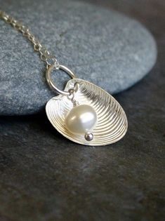 Seashell jewelry silver Sterling silver shell necklace, pearl-in-a-shell necklace, freshwater pearl and shell necklace, beach wedding jewelry - Venus - NEW Seashell Jewelry, Seashell Necklace, Shell Necklaces, Sea Glass Jewelry, Diy Necklace, Wire Jewelry, Jewelry Crafts, Pearl Necklace, Jewelry Ideas