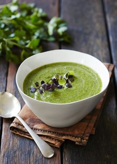 Dr Libby - Brilliant Brassica Soup - 2 broccoli 1 cauliflower 2 T coconut oil 1 onion 2 stalks of celery 4 C vegetable stock 1 can coconut milk 1 handful of parsley 1 handful of mint Veggie Recipes, Paleo Recipes, Whole Food Recipes, Soup Recipes, Cooking Recipes, Delicious Recipes, Recipies, Tasty, Libby Weaver