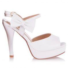 Wholesale Sandals For Women, Buy Ladies Wedge Sandals At Wholesale Prices - Rosewholesale.com