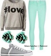 Cute fall outfit not big on the teal skinny jeans though