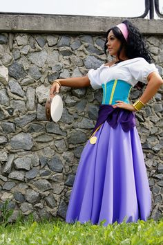 ad Esmeralda from The Hunchback of Notre Dame photography : Full set : Other shots : Disney Cosplay, Disney Costumes, Cool Costumes, Cosplay Costumes, Cosplay Ideas, Group Costumes, Esmerelda Costume, Esmeralda Cosplay, Gypsy Costume