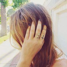 Love how @BrandiCyrus stacks her #FullTilt rings. #accotd #FingerFashion