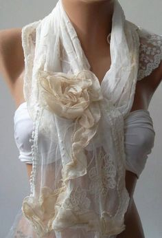 Pearl White / Elegan Shawl / Scarf with Lace EdgeRoses by womann, $19.90
