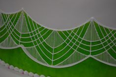 royal icing stringwork