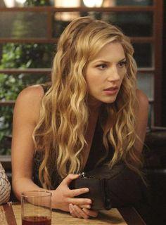 Hannah Burley played by Katheryn Winnick