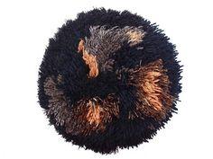 // black smyrna pillow by Renilde